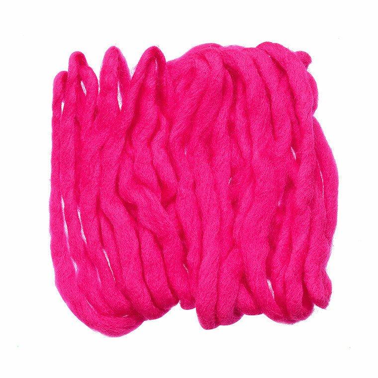 egg yarn cerise